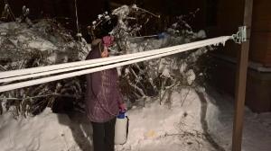 Опрыскивание водой на морозе